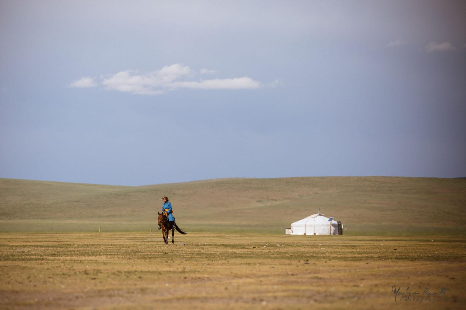 marilyne-renoult-coeur-yourte-mongolie-2